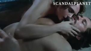 Cara Delevingne desnuda y follando en escenas de sexo en cine