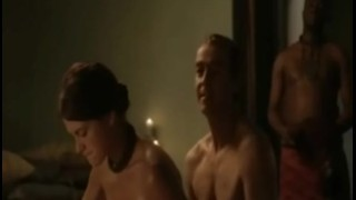 Lucy Lawless follando, desnuda y en topless en la serie Spartacus